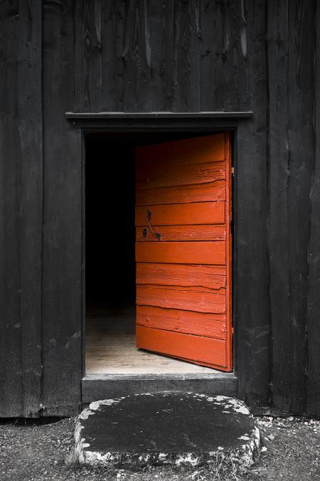 Herdins trätjära dörr